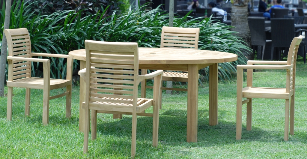 TEAK ROUND TABLE DIA 160