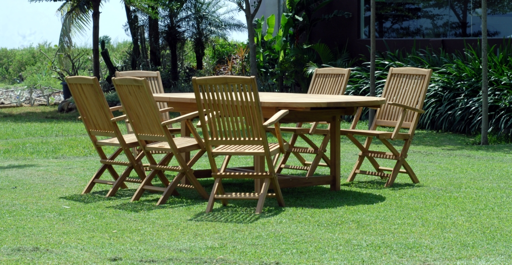 TEAK REMY FOLDING ARM CHAIR