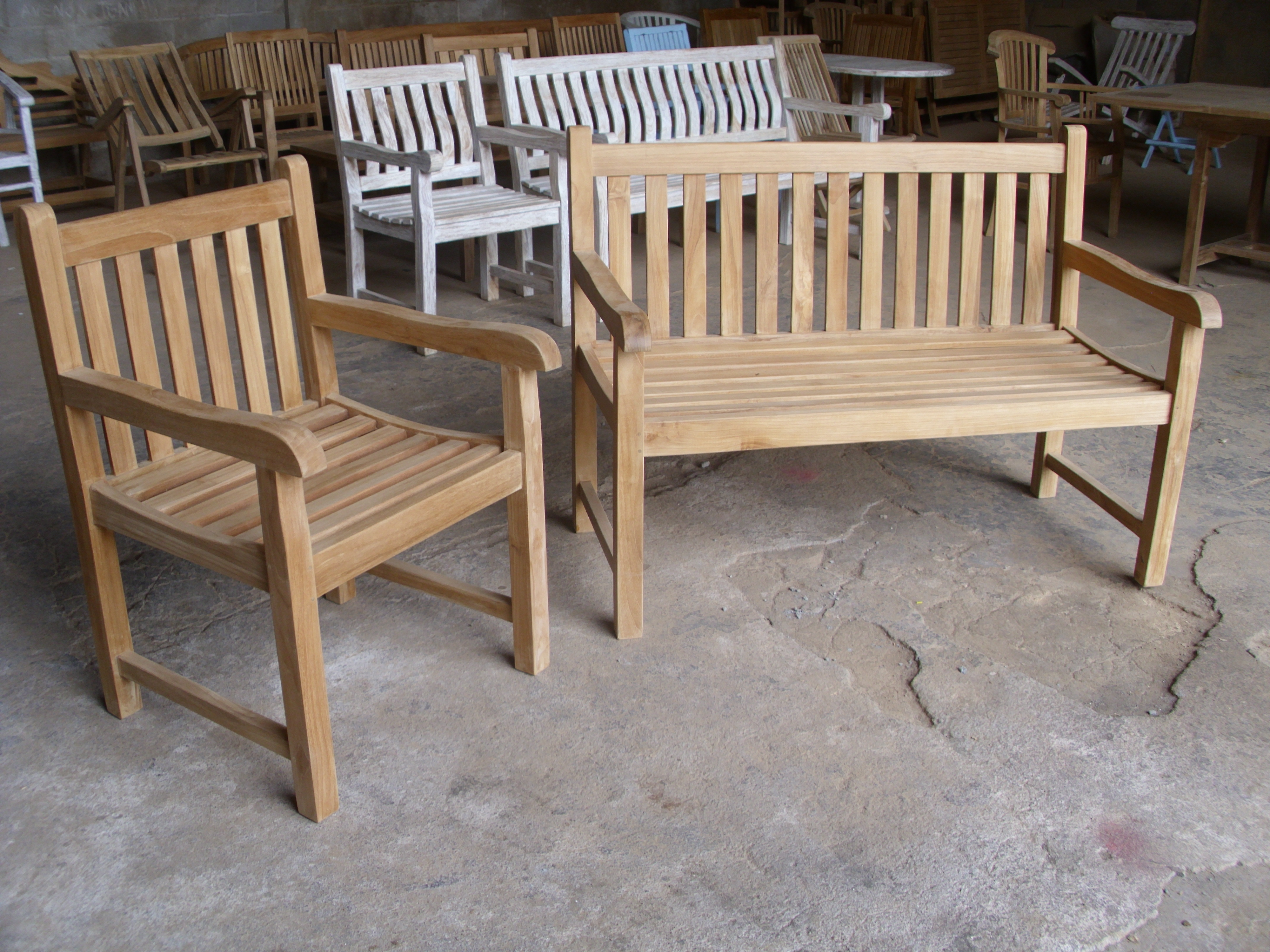 Teak Piccadilly Set